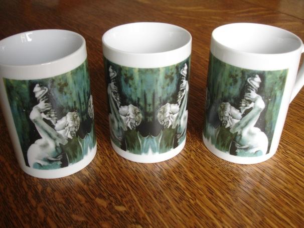 Fountain mugs